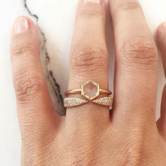 Diamond Wedding Band 15 Unique Fitted Engagement Ring and Wedding Band Combos That Just Belong Together via Brit Co Stacked Wedding Bands, Wedding Band Sets, Unique Wedding Bands For Women, Wedding Ring Sets Unique, Trendy Wedding, Elegant Wedding, Beautiful Wedding Rings, Dream Wedding, Gold Wedding