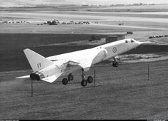 bac tsr-2 - Buscar con Google Military Jets, Military Aircraft, Aviation Image, Airplane Design, Experimental Aircraft, Aviation Industry, Royal Air Force, Fighter Jets, Cool Pictures