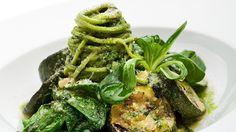 Dass auch Gerichte ohne Fleisch ein echter Gaumenschmaus sind, beweist die vegetarische Küche für Gourmets. Denn bei einer Vielzahl von köstlichen fleischlosen Gerichten kommen kulinarische Genießer voll auf ihre Kosten.