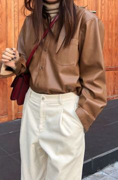 ladies fashion outfits which look hot. Fashion 101, Korean Fashion, Fashion Outfits, Womens Fashion, Ladies Fashion, Capsule Wardrobe, Business Outfit Damen, Style Board, Daily Street Style