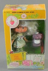 Strawberry Shortcake Angel Cake with Souffle Figure Doll NIB 1982  http://cgi.ebay.com/ws/eBayISAPI.dll?ViewItem=370602487250=ADME:L:LCA:US:1123#ht_3437wt_754