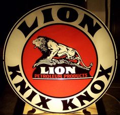 old vintage original Lion oil knix knox gas pump globe lens