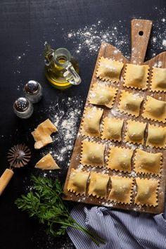 Rezepte Pasta Nudeln. Ravioli mit vegetarischer Füllung selber machen