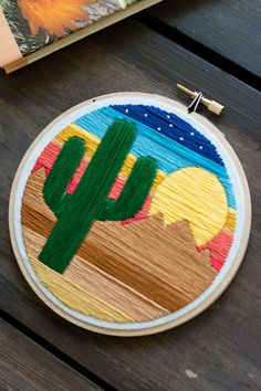 embroidery stitches patterns Cactus - Embroidery - Hoop Art - Cactus with Sunset and Desert Mountain Landscape - Embroidery Art i - Cactus Embroidery, Wooden Embroidery Hoops, Hardanger Embroidery, Learn Embroidery, Hand Embroidery Stitches, Embroidery Hoop Art, Hand Embroidery Designs, Vintage Embroidery, Embroidery Techniques