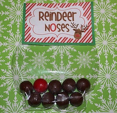 One red gumball and eight Whoppers in a bag make Reindeer Noses! Cute gift for Hannah's daycare friends!