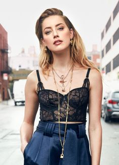 Amber Heard poses in style for the latest issue of Shape Magazine. Amber Heard Hair, Amber Heard Style, Amber Heard Body, Isabelle Huppert, Celebrity Photos, Celebrity Style, Amber Head, Shape Magazine, Taurus