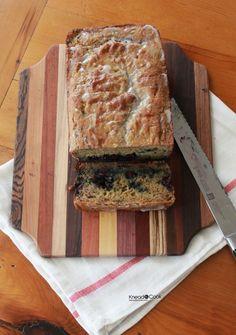 Lemon Blueberry Quinoa Bread with Chobani. Quinoa Bread, Yogurt Bread, Fruit Bread, Blueberry Bread, Cooked Quinoa, Banana Bread, No Bake Desserts, Just Desserts, Dessert Recipes