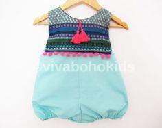 Menta verde niña mameluco / Braga ropa Boho Chic / ropa del