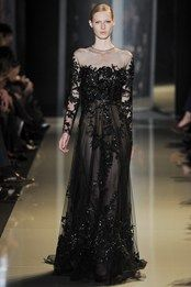 Doubt it comes in plus size - Elie Saab Couture Spring/Summer 2013 High Fashion Haute Couture glamour Elie Saab Couture Style Couture, Couture Mode, Couture Fashion, Fashion Show, Fashion Design, High Fashion, Couture Week, Dress Fashion, Elie Saab Couture