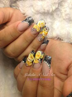 Kind of extreme, but I live the yellow roses and pearls. 3d Acrylic Nails, 3d Nails, Cute Nails, Pretty Nails, Gold Glitter Nails, Bling Nails, Swag Nails, 3d Nail Designs, Acrylic Nail Designs