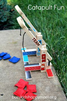 Fun catapults for boys and girls!  From craftprojectideas.com
