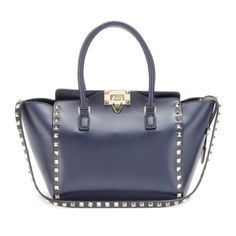 Valentino Rockstud #bags #love #stud  http://paperproject.it/fashion/ceci-nest-pas-un-blog-mode/glam-punk-rock/