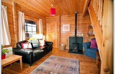 Beautiful #Scandi style Highlands holiday lodges with a wonderfully homely and spacious feel, blending contemporary style with traditional features and unique touches.  #VisitScotland #HostUnusual #Highlands #cabinporn #holidaylodge #holidaylet