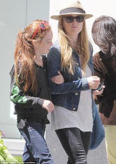 Julianne Moore with her daughter