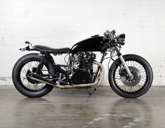 Yamaha XS650 Cafe Racer By Modern Motorcycle Company #motorcycles #caferacer #motos | caferacerpasion.com