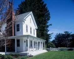 wrap around porch, steps to manicured lawn #farmhouse