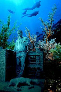 Coleccionista - Cancun Underwater Museum
