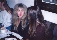 Stevie Nicks Rarities ☾ — Stevie with Sara Fleetwood 🌷 Stevie Nicks Lindsey Buckingham, Pop Rock Music, Rock And Roll Fantasy, Stephanie Lynn, Stevie Nicks Fleetwood Mac, Women Of Rock, Her Music, Cool Bands, My Idol
