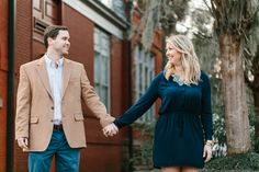 Fall engagement session in downtown Savannah, Georgia. See more on Savannah Soiree: http://www.savannahsoiree.com/journal/fall-engagement-session-in-downtown-savannah