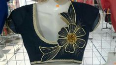 Patch Work Blouse Designs, Simple Blouse Designs, Stylish Blouse Design, Blouse Back Neck Designs, Neckline Designs, Sari Design, Blauj Design, Cotton Saree Blouse Designs, Designer Blouse Patterns