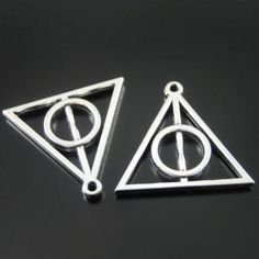 10 PCS Vintage Style Silver Tone Triangle Geometry Figure Alloy Charms Pendant