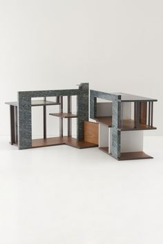Modern Dollhouse ... i want to play with!