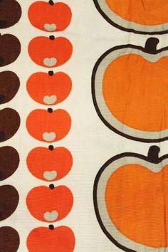 vintage retro jaren 60 70 appel stof gordijn oranje bruin. http://www.sugarsugar.nl/vintage-stoffen-interieur-stoffen-c-63_64.html?sort=1d