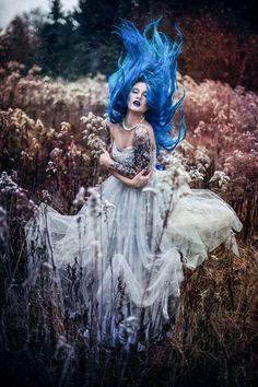 Model: BLUE ASTRID Photo: Budka Fotograficzna Make up: Mira Kasprzycka MUA Welcome to Gothic and Amazing | www.gothicandamazing.com