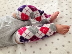 DIY Baby Leg Warmers the easiest DIY project I have ever done! Fall/Winter fashion, here we come! Diy For Girls, Girly Girls, Cool Kids, Kids Fun, Baby Leg Warmers, Winter Wonder, Diy Baby, My Baby Girl, Little Ones
