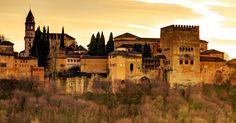 La Alhambra, el palacio-fortaleza roja