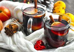 Как приготовить глинтвейн? Простой рецепт с пошаговыми фото. Глинтвейн это напиток на основе красного вина и специй. Он просто незаменим в холодное время года. Так приятно посидеть в кругу друзей с чашечкой согревающего напитка Tasty, Yummy Food, In Vino Veritas, Cooking Instructions, Holiday Drinks, Merry Christmas And Happy New Year, Holidays And Events, My Recipes, Candle Jars