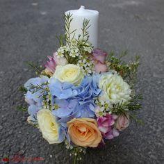 Lumanari botez sau nunta Baptism Ideas, Glass Vase, Candles, Table Decorations, Wedding, Home Decor, Giant Paper Flowers, First Holy Communion, Valentines Day Weddings