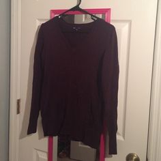 Purple pullover Nice purple pullover gap brand. Very soft. Used in a very acceptable condition GAP Tops Tees - Long Sleeve