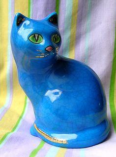 Magnifique Chat  de collection  Aux émaux de Longwy   hauteur   :  15  cm   Décor : Bleu ,yeux vert  , le tout  craqueler et rehaussé a l'or