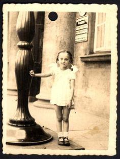Lodz, Poland, the girl Hela Horowitz, before the war.  Belongs to collection: Yad Vashem Photo Archive  Origin: Lioni Horowitz