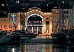 Le Théâtre de La Criée tient son nom de l'ancienne criée aux poissons, transférée depuis 1976 au port de Saumaty près de l'Estaque. Infos et réservations sur http://www.theatre-lacriee.com