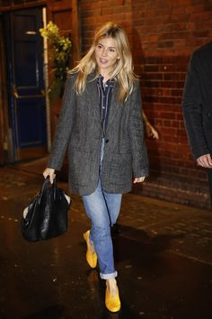 Sienna Miller wearing Givenchy Nightingale Bag in Black and Gray Matters Mildred Pumps in Giallo