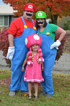 Mom and Dad as Mario and Luigi and daughter as the  sc 1 st  Pinterest & Great Muppets Honeydew Bunsen and Beaker Couple Costume | Pinterest ...
