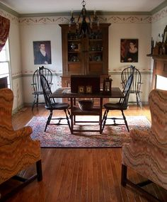 So classic colonial Primitive Dining Rooms, Country Dining Rooms, Primitive Homes, Primitive Kitchen, Primitive Furniture, Primitive Country, Country Living, Antique Furniture, Colonial Home Decor