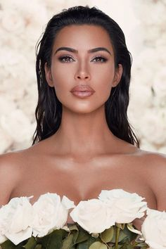 Kim Kardashian's New KKW Beauty Collection Is Inspired by Her Exact Wedding Ma. - - Kim Kardashian's New KKW Beauty Collection Is Inspired by Her Exact Wedding Makeup Look Beauty Makeup Hacks Ideas Wedding Makeup Looks for Women Makeu. Natural Wedding Makeup, Wedding Hair And Makeup, Bridal Hair, Hair Makeup, Eye Makeup, Celebrity Wedding Makeup, Celebrity Makeup Looks, Flawless Makeup, Prom Makeup