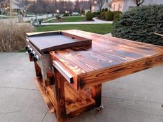 Outdoor Kitchen Grill, Outdoor Grill Station, Outdoor Cooking Area, Backyard Kitchen, Backyard Bar, Backyard Patio Designs, Outdoor Kitchen Design, Outdoor Hibachi Grill, Plancha Grill
