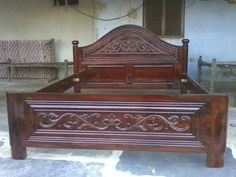 Wood Bed Design, Door Design, Happy Wallpaper, Wood Carving Designs, Cots, Cot Bedding, Wood Beds, Gold Necklaces, Bead Art