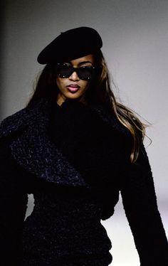 Naomi Campbell for Azzedine Alaïa RTW Fall 91 - Naomi Campbell for Azzedine Alaïa RTW Fall 91 - Azzedine Alaia Random Inspiration 74 90s Fashion Grunge, New Fashion, Trendy Fashion, Runway Fashion, Girl Fashion, Fashion Show, Couture Fashion, Vintage Fashion, Couture Style