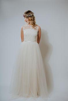 """Brautkleider - bodenlanges Brautkleid """"Schneeglöckchen"""" - ein Designerstück von Ave-evA bei DaWanda"""