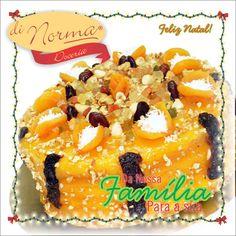 Boa tarde. O Natal Di Norma já chegou!!! Bolo Guirlanda: Massa branca com triplo recheio de coco cremoso, baba de moça, e doce de leite de ameixas. Confeitagem especial de geléia de damasco, frutas e nuts #Natal #DiNorma #love #cake