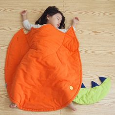 Welcome to the world egg blanket from Clare Chen