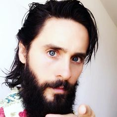 """Mi piace"": 15.8 mila, commenti: 526 - JARED LETO (@jaredleto) su Instagram: ""Happy Saturday! Don't forget - Keep streaming #walkonwater and watch the lyric video on YouTube!!!…"""