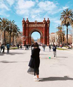 arc de triomf # barcelona arc de triomf # barcelona The post arc de triomf # barcelona appeared first on Urlaub. Barcelona Travel, Barcelona Spain, Spain Travel, Travel Usa, Best Places To Travel, Places To Visit, Travel Pictures, Travel Photos, Foto Madrid