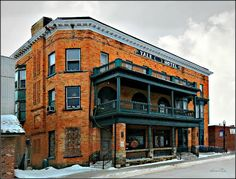 Yale, Michigan Bar/Hotel