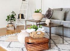 Shop the look: Stoere materialen, basic kleuren & veel planten